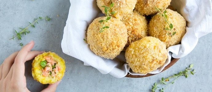 salmon and pea baked arancini rice balls