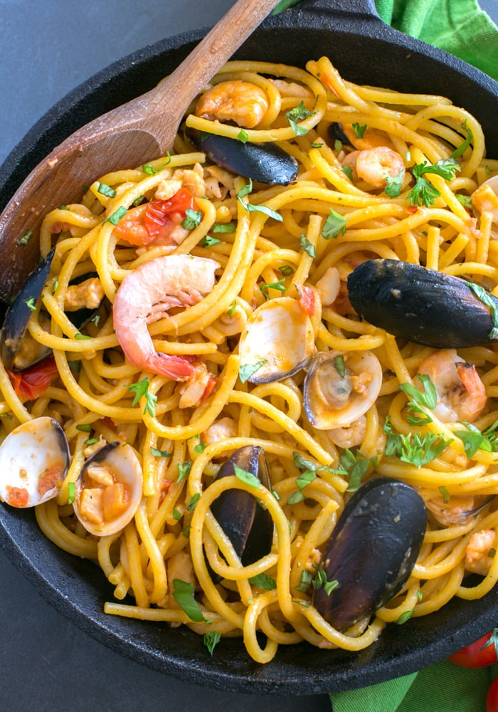 quick seafood fresh pasta - the petite cook