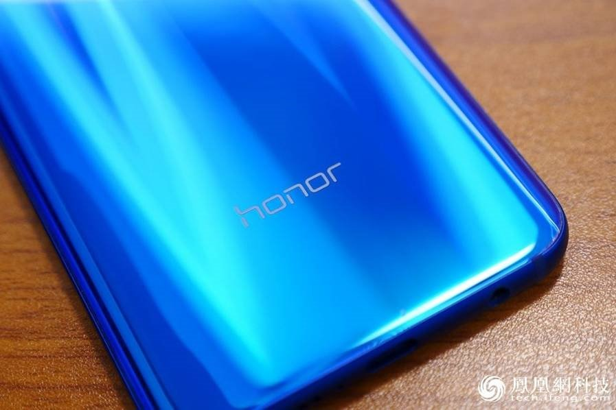Huawei Honor 10 Hands-On Review
