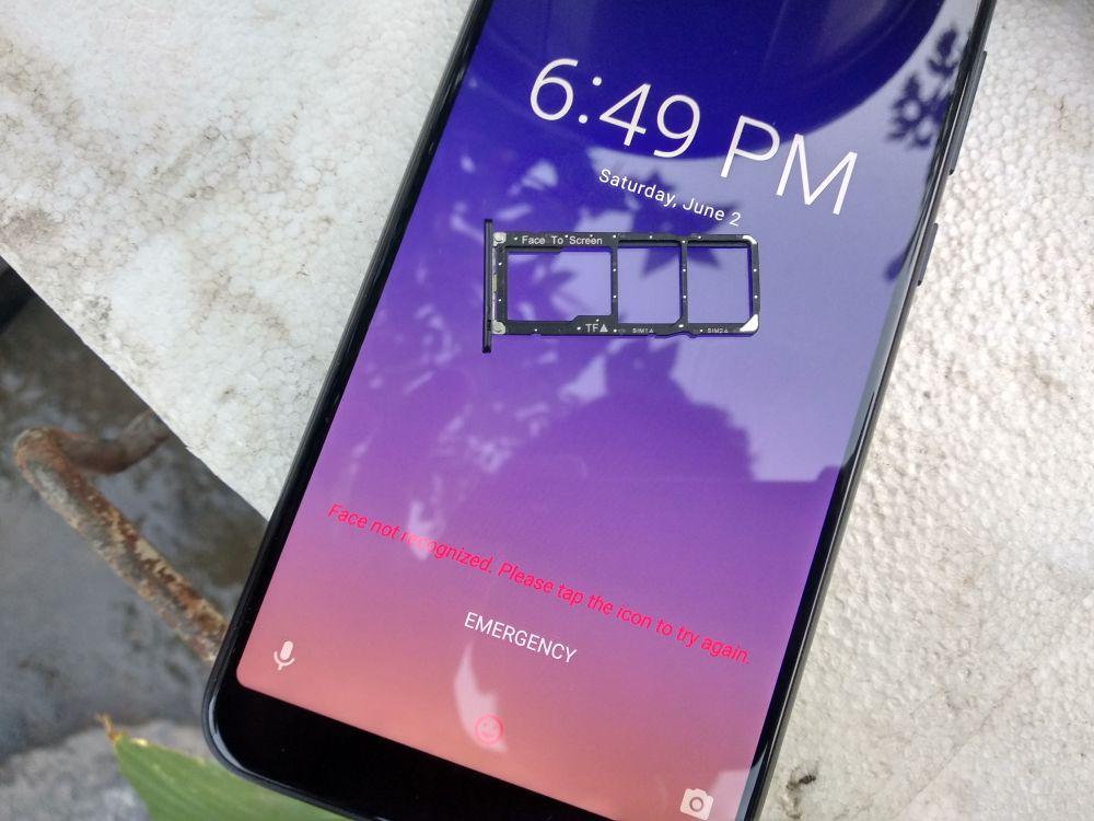 ASUS Zenfone Max Pro M1 Review - SIM slot