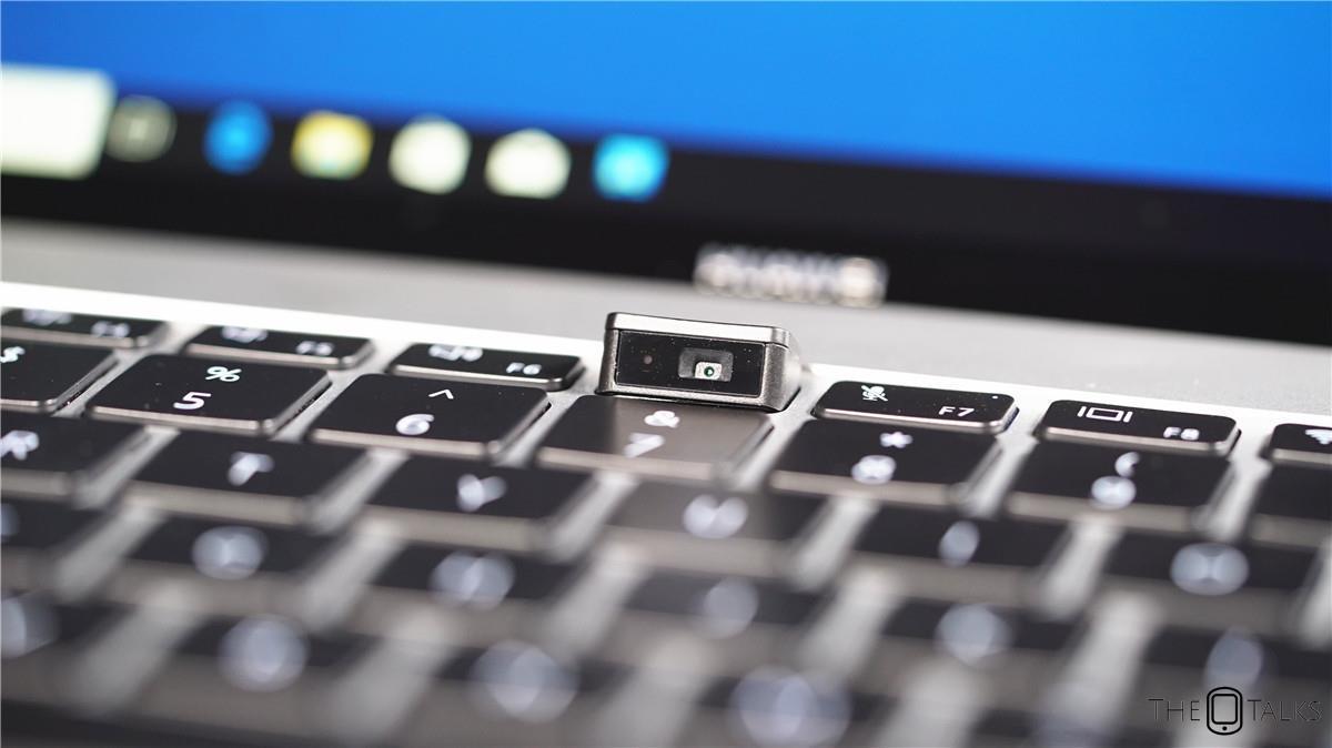 Huawei MateBook X Pro Vs Apple MacBook Pro 2018 Comparison Review - Camera