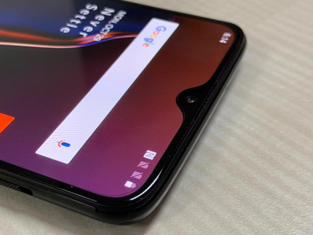 OnePlus 6T Hands-On Review - Front camera