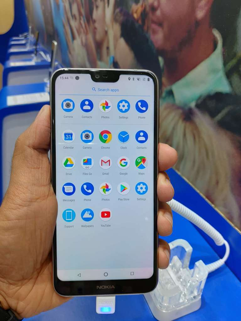 Nokia 7.1 Hands-On Review Android One