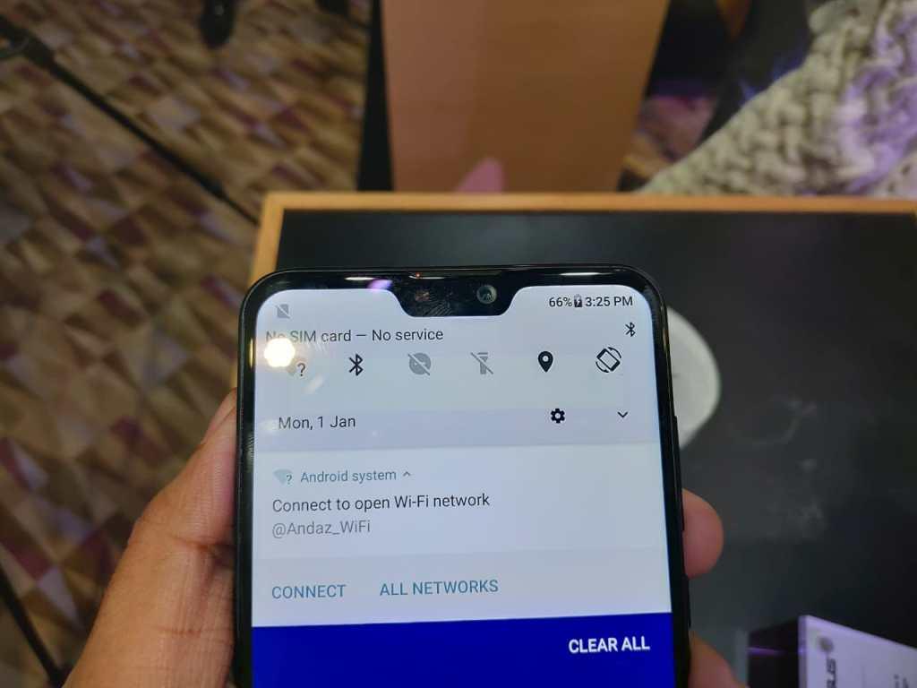 ASUS Zenfone Max Pro M2 - Notch