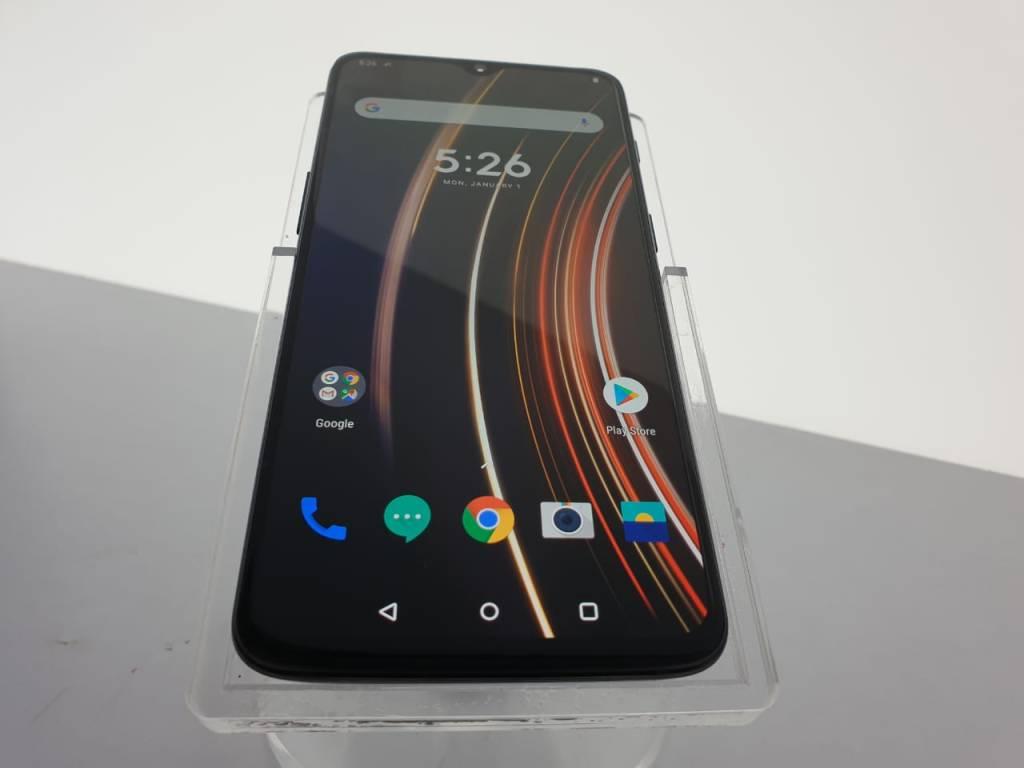 OnePlus 6T McLaren - Display