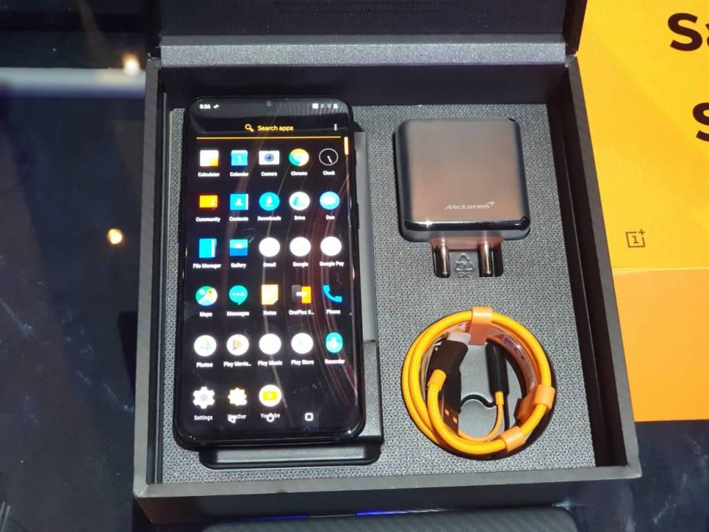 OnePlus 6T McLaren - Package