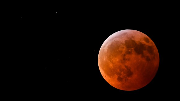 red moon, lunar eclipse