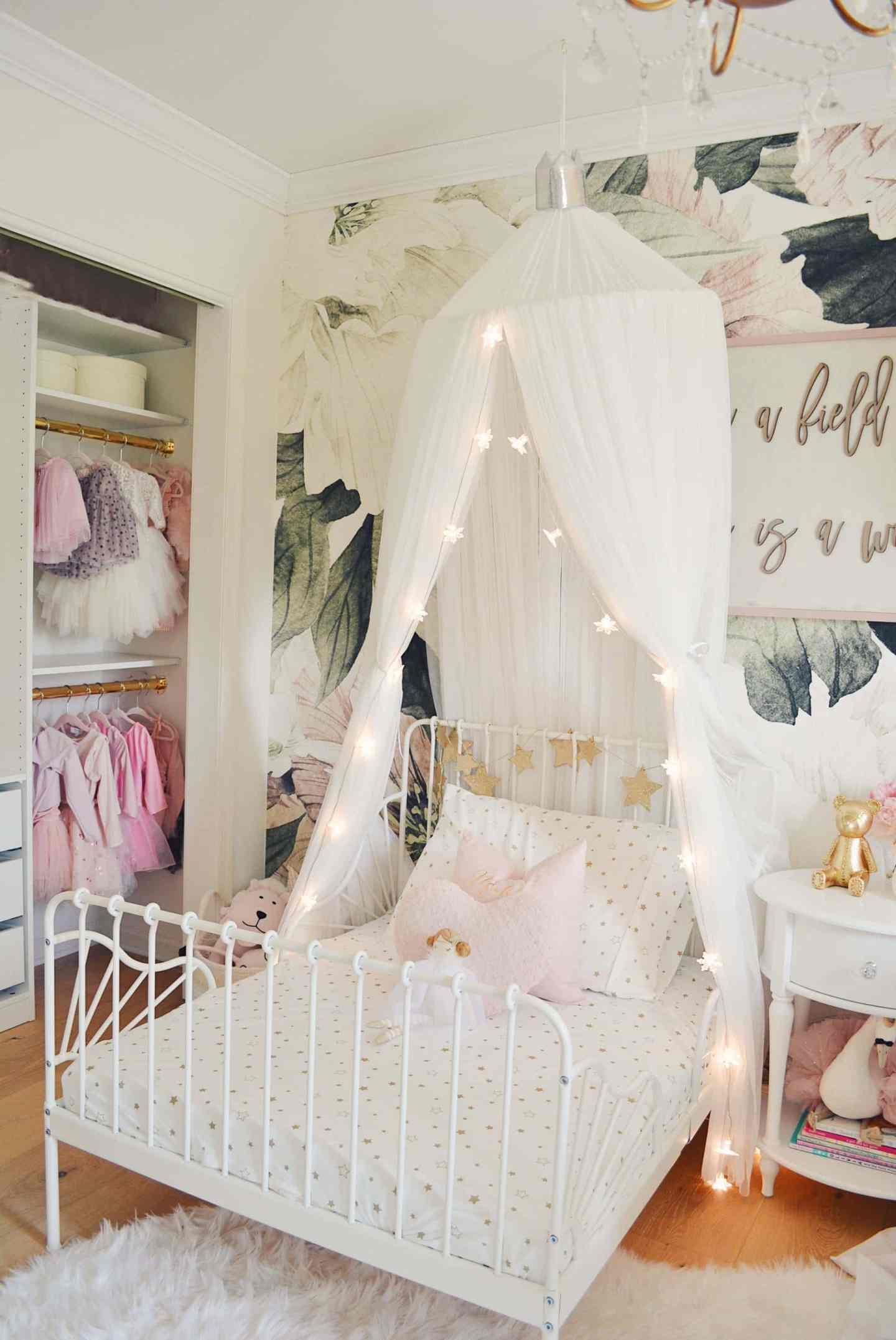 A Magical Girls Shared Bedroom The Pink Dream