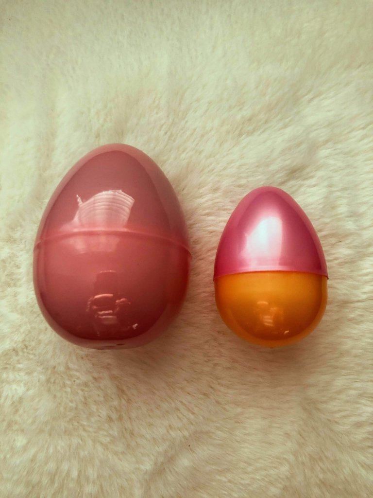 Comparing easter egg sizes for the perfect fit