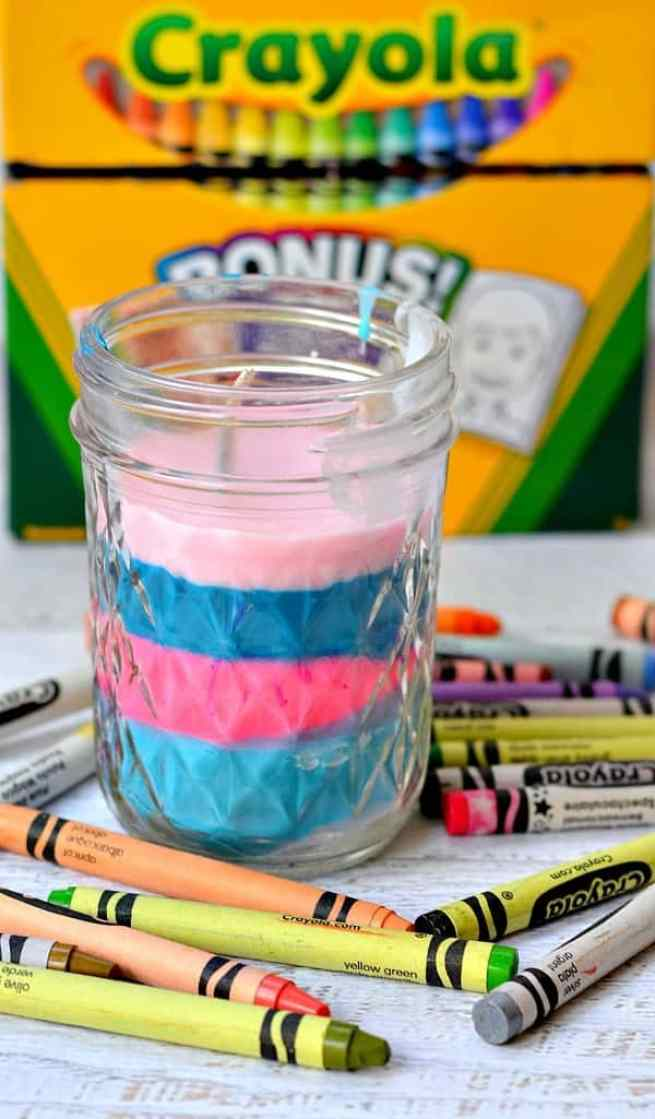 crafts for kids with paper, easy DIY craft ideas for kids, easy paper crafts for kids, DIY craft ideas Turn old crayons into a new colorful candle! Perfect craft for kids to help!