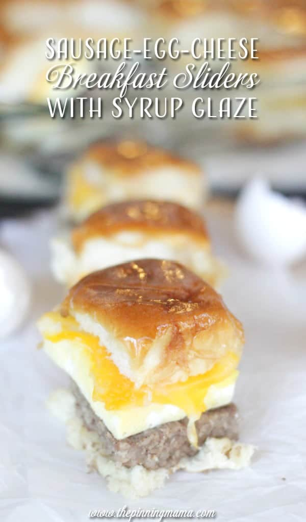 My favorite combo- sweet & salty!! Sausage egg and cheese breakfast slider sandwiches with SYRUP GLAZE! Yes please! These are perfect to bring to a holiday brunch!