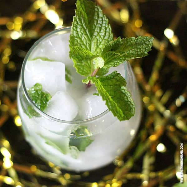 Easy virgin mojito recipe- SO DELICIOUS! Perfect for a party to have something everyone can enjoy!
