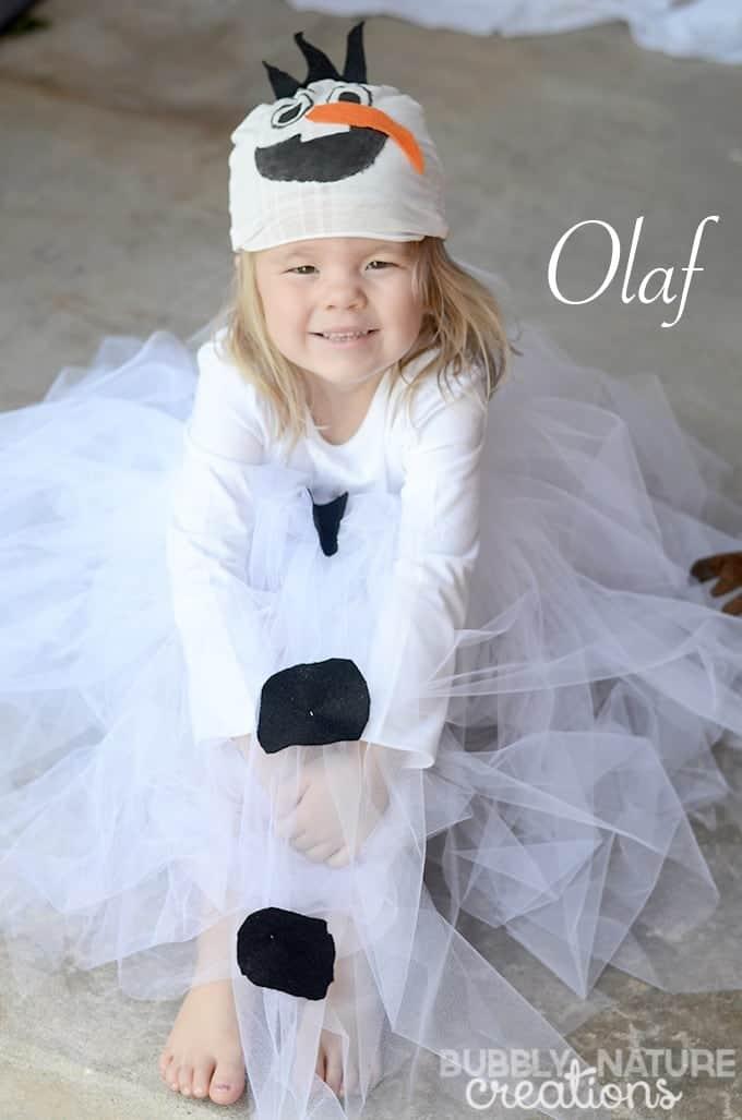10+ Adorable Tutu Halloween Costumes: Olaf | www.thepinningmama.com