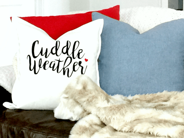 Cuddle Weather Pillow - FREE Valentine's Day Silhouette Cut Files - Plenty of inspiration and craft ideas for your Silhouette & Cricut Crafting machines!