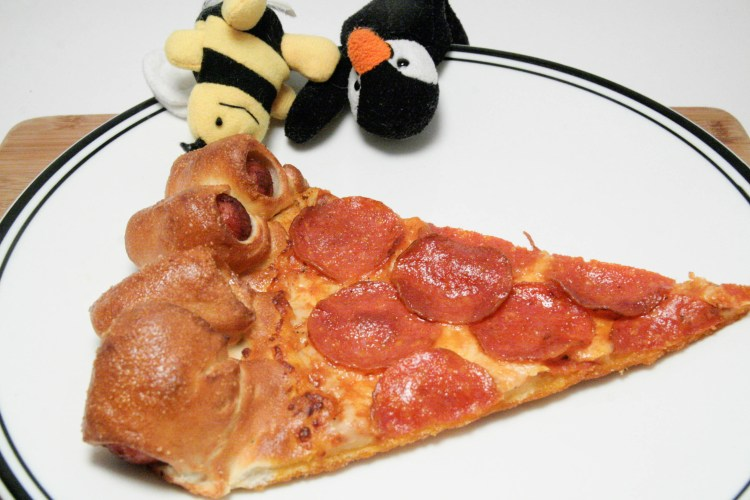 Pizza Hut Hot Dog Pizza Plate