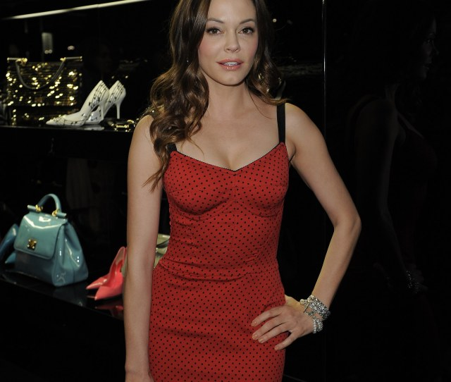 Photo Of Rose Mcgowan  Upload Date  Number Of Votes  There Are  More Pics In The Rose Mcgowan Photo Gallery