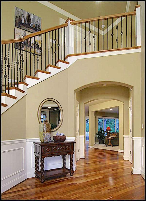 Craftsman Floor Plan - 4 Bedrms 3.5 Baths 4100 Sq Ft
