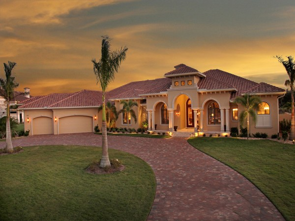 4 Bedrm 4934 Sq Ft Tuscan House Plan 1751150