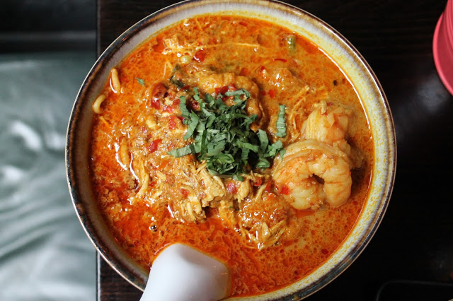 prawn chicken laksa sambal shiok london