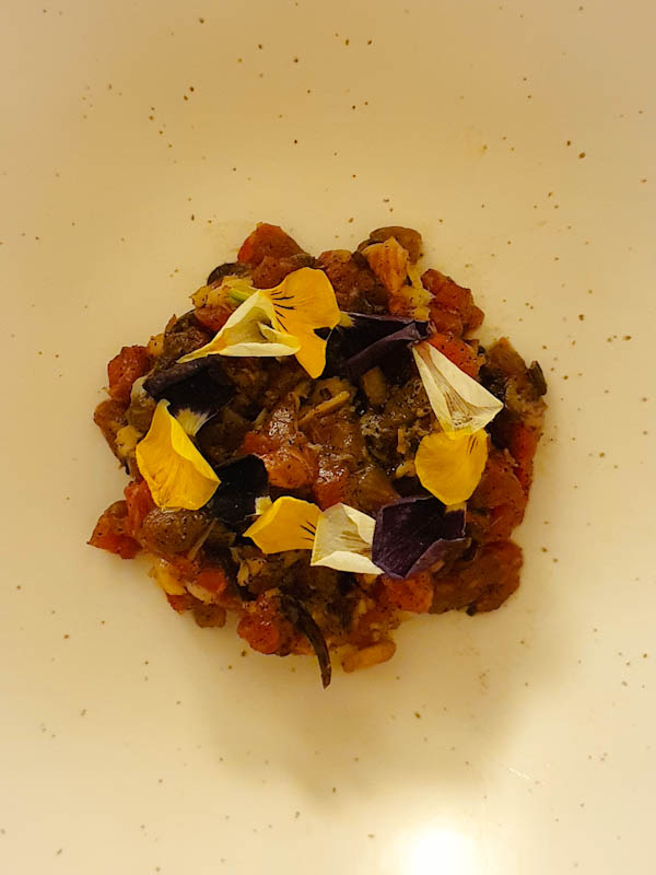 Bones supperclub - veal tartare