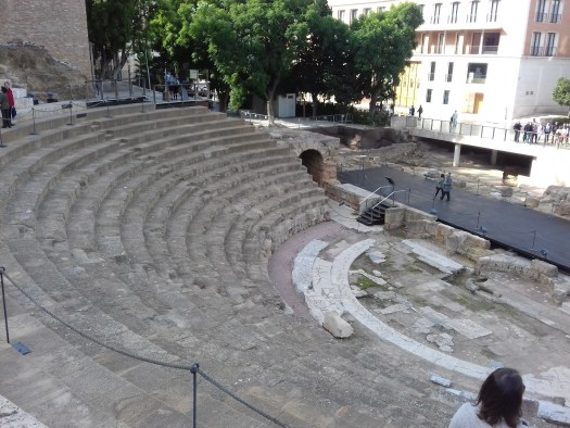 A picture of the Roman amphithetre