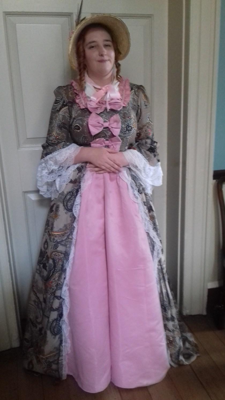 Guide in a posh Georgian dress