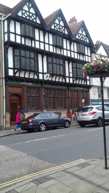 The half timbered Lloyds bank building #Tewkesbury