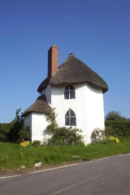 The thatched round told house at Stanton Drew