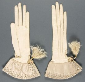 gloves silk