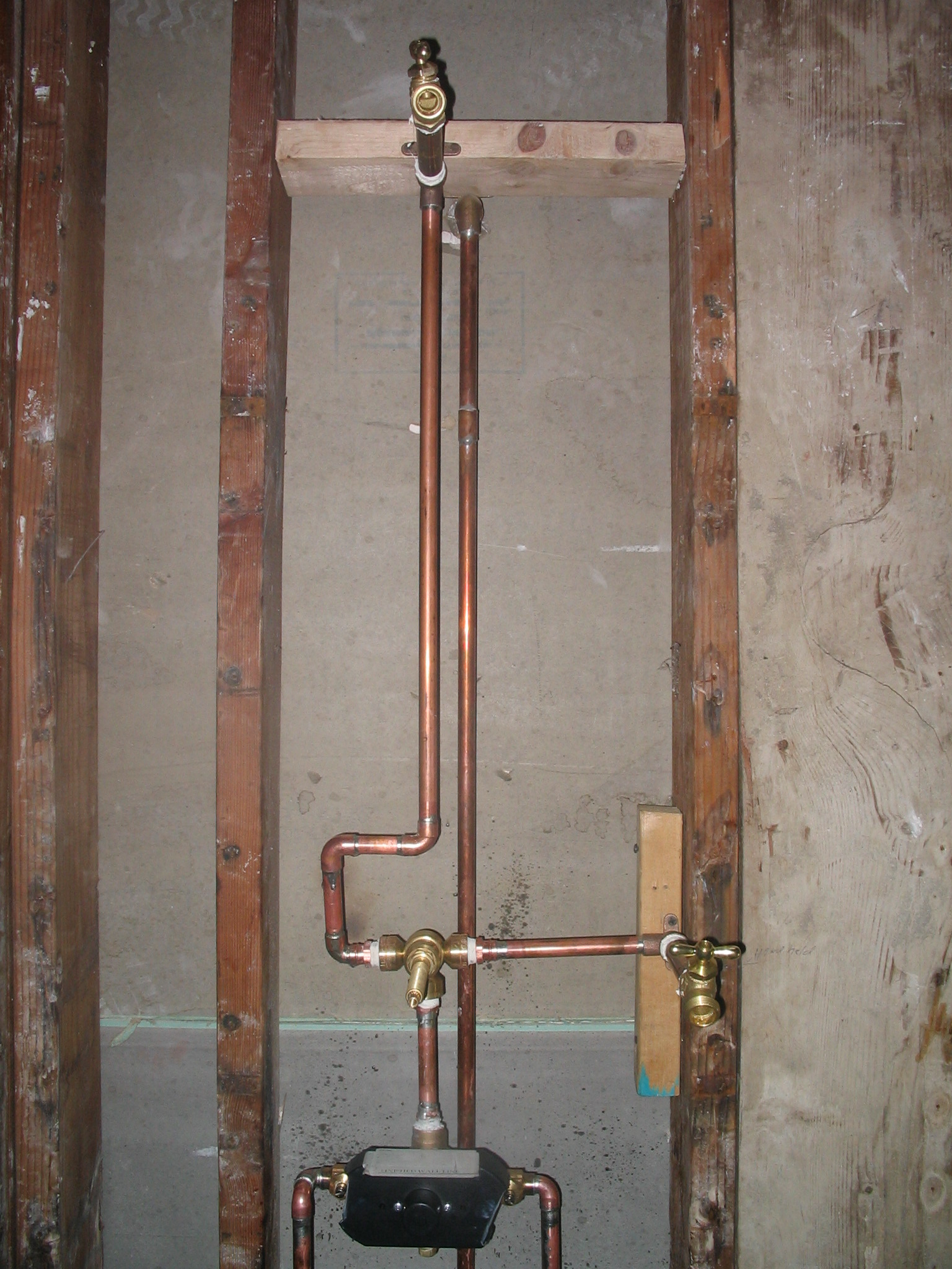hight resolution of shower valve install