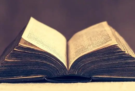 Christian Worldview and Apologetics: Can We Trust the Scriptures?