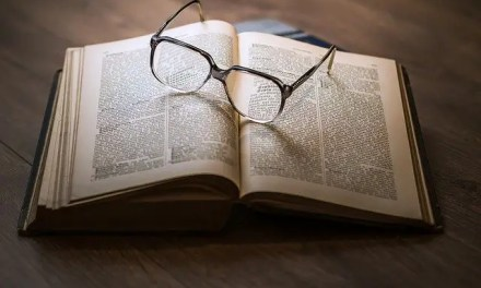 Why Apologetics? 8 Verses That Use The Greek Word Apologia