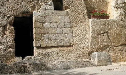 Does the Resurrection Require Extraordinary Evidence?