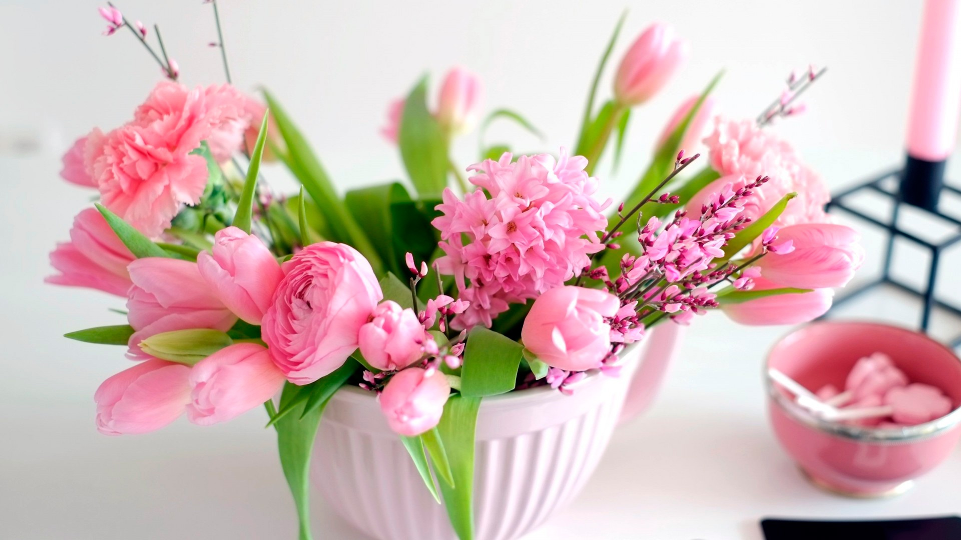 De Buchete La Multi Flori Ani Cu