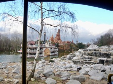 thunder mesa river boat a disneyland paris