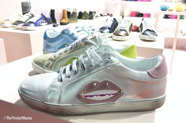 sneakers Fornarina con bocca applicata laterale