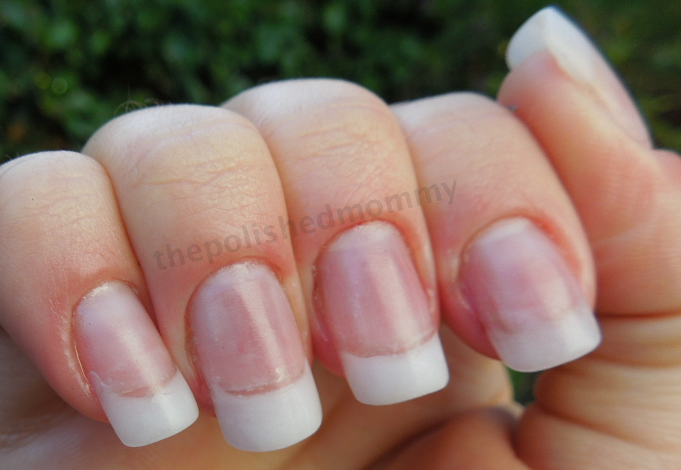 How To Create Nautral Looking Artificial Nails