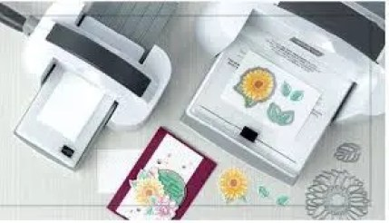 This is a picture of the Stampin' Cut & Emboss Machine (Item #149653) by Stampin' Up.