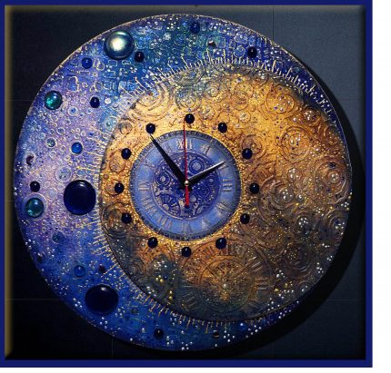 Natalya Polekh clock 430x411 - The Complexity of Time