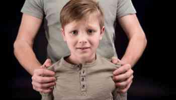 Common Tricks a Child Predator Uses: Telling Signs of a Child Predator
