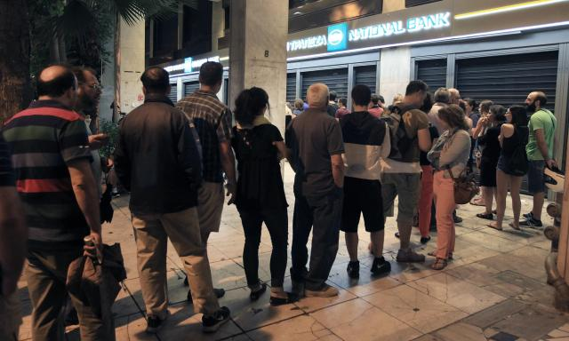greek-banks-on-holiday