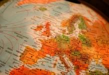 Globe maps of Europe