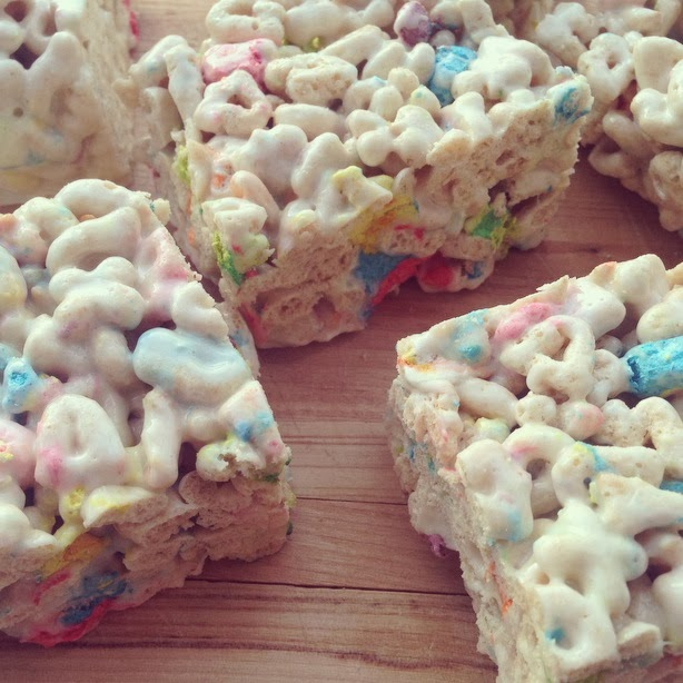 Magically Delicious – Lucky Charms Marshmallow Bars