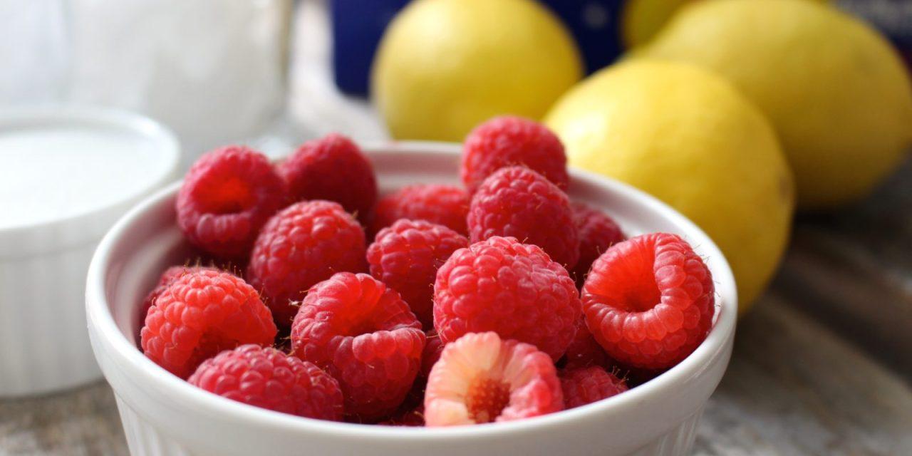 Raspberry Lemonade Smash with DASANI Sparkling Water
