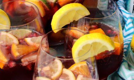 Truly Spiked & Sparkling™ Sangria