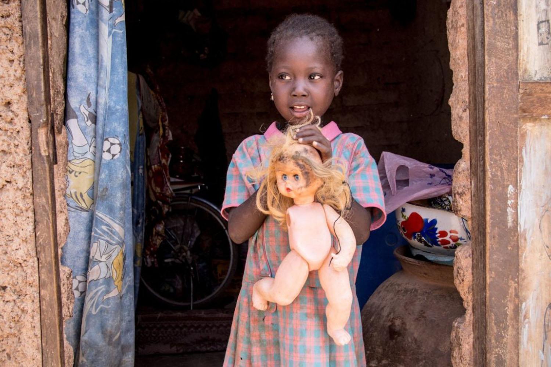 kids-around-the-world-show-best-toy