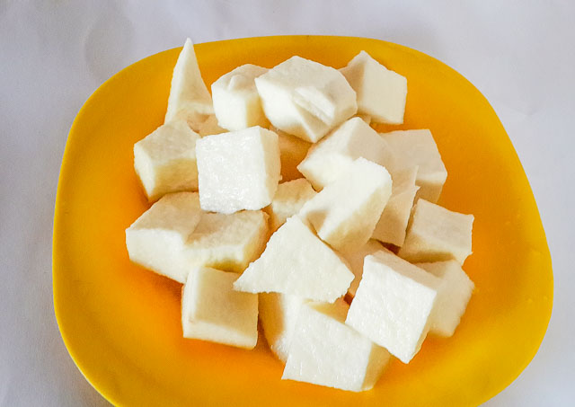 cubes of yam for yam pepper soup