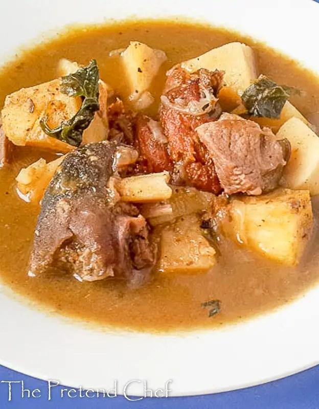 Spicy and hot yam pepper soup (ji mmiri oku)