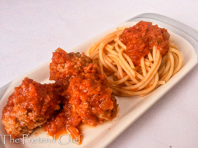 Easy and tasty spaghetti and meatballs in tomato sauce