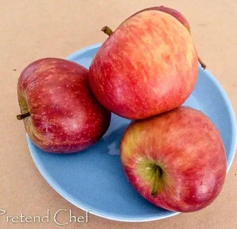 apples for easy apple hand pie